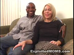Amateur Mom decides to take on a Big Black Cock in Interracial Video