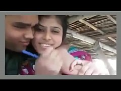 HD Two couples romantic in hut
