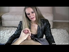 Blonde Mature Lady Jerking