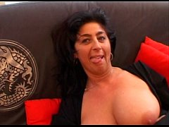 JuliaReaves-nog uit te zoeken1- - Vergiss Dich Du Sau (NZ9894) - scene 3 - video 2 slut fingering pe
