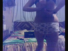 Fingerin & dance.. amateur latina