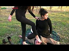 HD The Anna s Experiences - Trampling in the Outdoor
