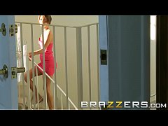 Step dad (Keiran Lee) fucks sons gf Jenni Lee - Brazzers