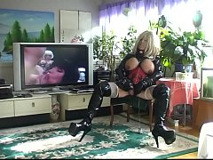 Roxina2009LATexDollHardCore210909Xl.WMV