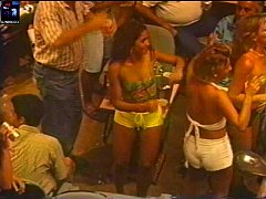 (Brazil Upskirt Amateur TVRIP) Baile de Carnaval da Band 1997a98 REAL RARO 57m08s Scala Club rev