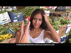 CARNE DEL MERCADO - Pickup fuck & facial with lusty Colombian babe Evelin Suarez