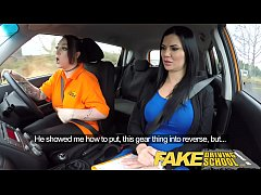 fake driving school busty lesbian ex-con eats hot examiners pussy on test