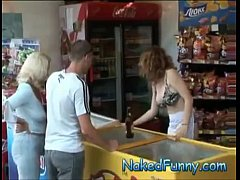 big boobs sexy lady prank - opening bottles with bra