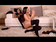 Watch hottest fetish lesbo duo Darce Lee & Alyssia Kent during epic strap-on action