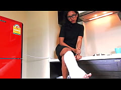 Evil with Cast Leg – The blackmail (SCL)