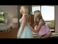 Tara pussy plays with her sissy Kenna in hot sixtynine position