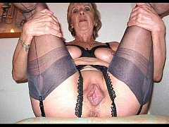 mature women spreading 4