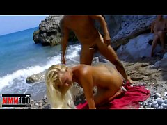 Hot blonde babe pussy and ass fuck at the beach
