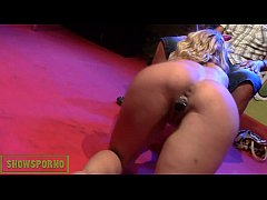 Blonde french pornstar porno show on stage