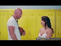 Brazzers - Big Tits at School - (Keisha Grey) - Lick Me In The Locker Room