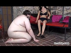 Fat Slave Worships Enza's Pretty Bare Feet!