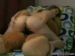 Amateur woman fucks a teddy bear