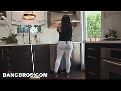 BANGBROS - My Dirty Maid Got a Big ol' Ass! (mda13899)