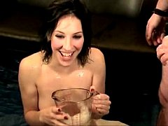 French Pee - Ariel-nice drink piss