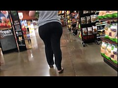 Pervert catches 22yrr old pawg in the supermarket