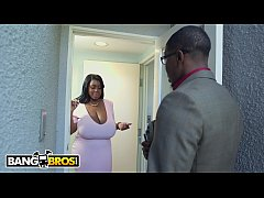 BANGBROS - Ebony With Natural Big Tits Maseratti XXX On Brown Bunnies