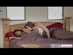 Babes - MORNING BUSTLE Jessie Andrews, Layla Rose
