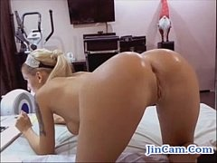 Hot blonde chick fuck double toys on webcam chat room