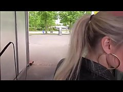 EPORNER.COM - [085DepHgLUc] Horny Woman Gets Fucked At Carwash GERMAN (720)