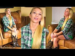 HD Amateur mommy gets naughty on casting couch