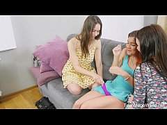Beauty-Angels.com - Ellie & Kecy Hill & Renata Fox - Pink vibrator for three pussies