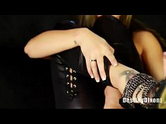 Hot Girl In leather Uses DP Dildo