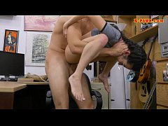 Clip sex Small tits teen banged at the pawnshop