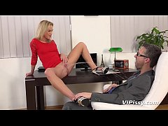 Wet Fuck - Babe Vinna gets very wet in this fuck with her boss