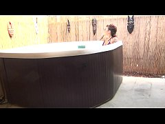 felicity feline hot tub and fucking blowjob out...