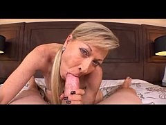 5121993 Mature Slut Makes Her Porn Debut 480p
