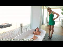 Reality Kings - Two hot lesbians in a tub