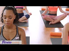 Clip sex FitnessRooms Sweaty cleavage in a room full of yoga babes
