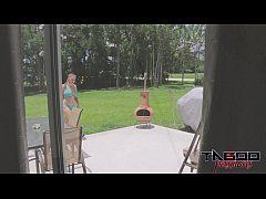 bratty sister melanie hicks in bikini gets the business by brother
