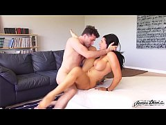 PORNSTAR ROMI RAIN USES BIG TITS AND TIGHT PUSSY FOR ROUGH HOMEMADE FUCK - Featuring: Romi Rain \/ James Deen