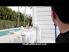 TheRealWorkout - Horny Housewife Fucks The Pool...