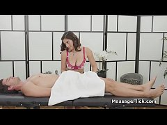 Lucky client bangs natural huge titty masseuse