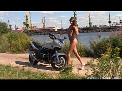FUCKNDRIVE.COM: Horny Stunner On A Hot Bike