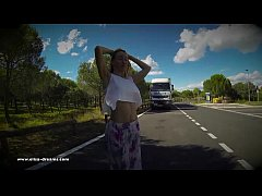Flashing naked on a rest area for the truckers