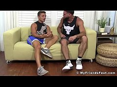 HD Handsome hunk Ricky Larkin worships young studs feet