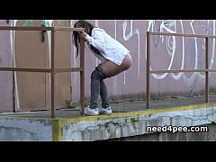 naked blonde tanning in public takes a piss