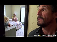 Brazzers - Pounding PiperPiper Perri and Eric John and Tommy Gunn