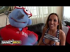 BANGBROS - Baluga The Puppet Goes To Town On Big Tits Pornstar Richelle Ryan