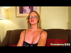 Spex shemale beauty pleasures her pussy