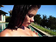 Little Caprice playing with her pussy in Malibu Infinity pool