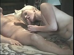 Long haired blonde beauty Leigh Brooke gives blowjob till stud cums